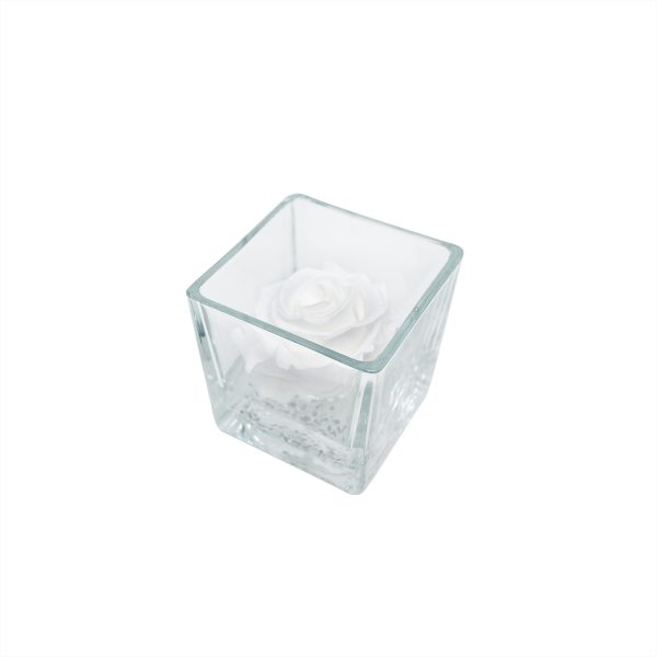 Cubo in vetro con rosa stabilizzata bianca Parodia
